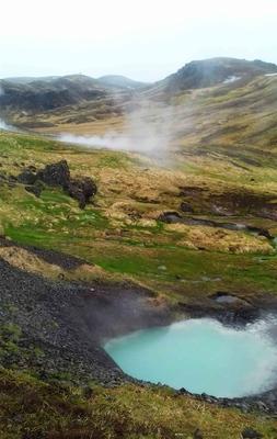 Géisers en el Valle de Reykjadalur, Islandia