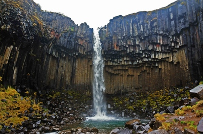 Cascada Svartifoss, Islandia