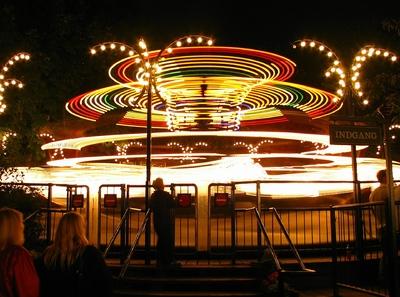 Juegos en el Parque Tivoli.jpg