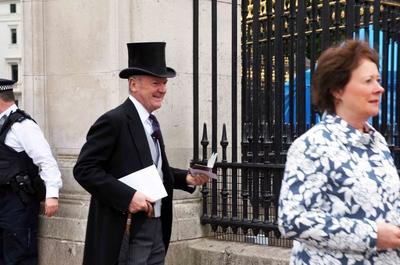 Invitados a un banquete en el Palacio de Buckingham, Londres