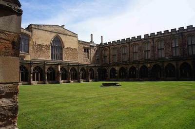 Patio interior de la Catedral de Durham