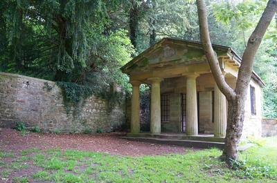 Un mausoleo perdido en Durham