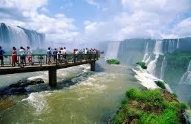 Pasarelas del lado de Brasil.jpg
