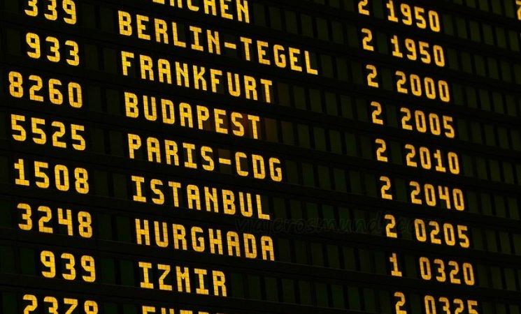 airport-1890943_640.jpg