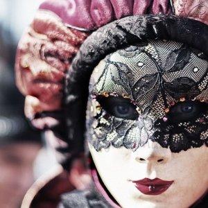 carnival-411494_640.jpg