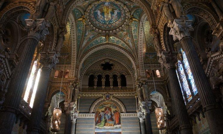Interior de la Basílica de Fourvière, Lyon