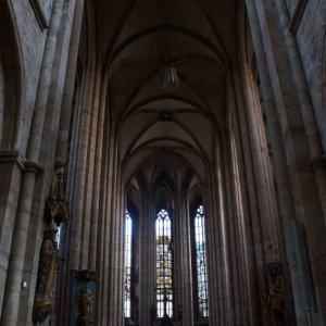 Interior de la Iglesia San Sebaldo, Núremberg