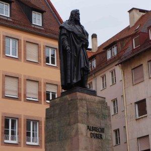 Estatua de Alberto Durero en Núremberg