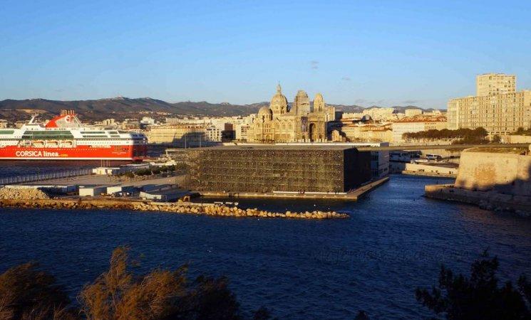 Puerto nuevo de Marsella