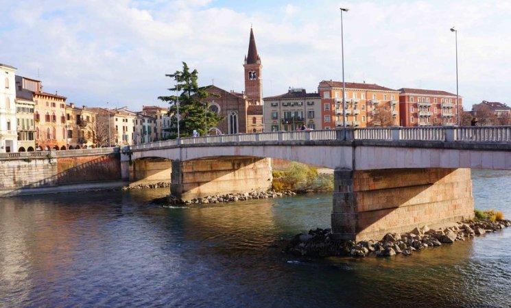 Ponte Nuovo, Verona