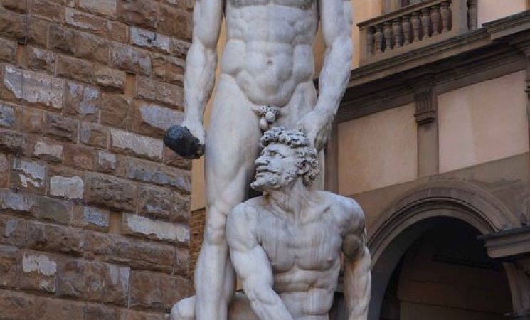 Estatua renacentista frente al Palacio Vecchio, Florencia