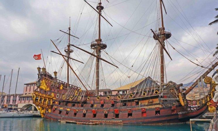 Atracción en el Puerto viejo de Génova