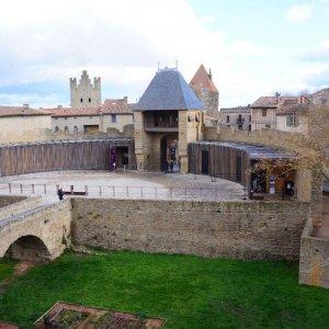 Entradaal Castillo Condal en la Ciudadela de Carcassonne