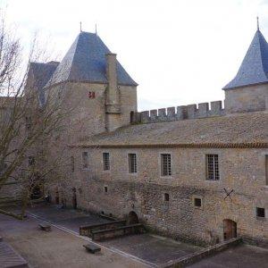 Muros del Castillo Condal en la Ciudadela de Carcassonne, Francia