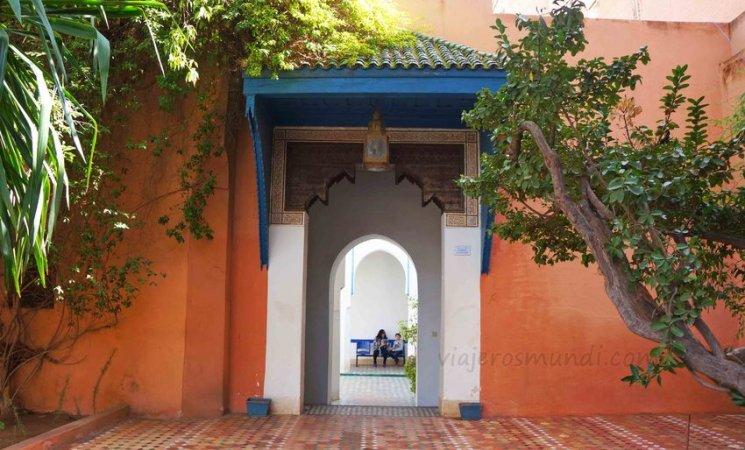 Entrada al Palacio de la Bahía